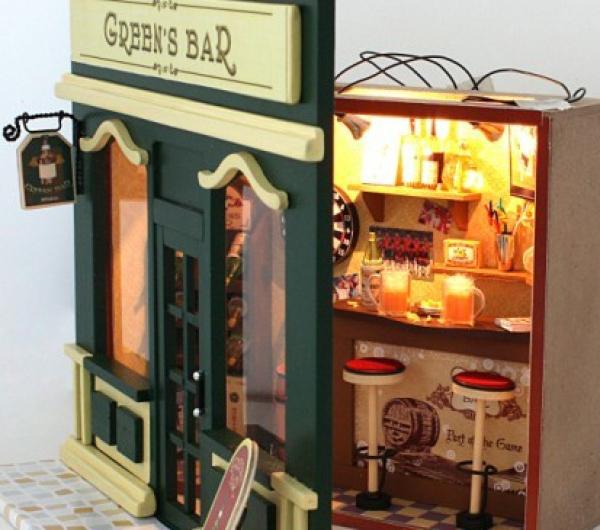 miniature diy kit green 39 s bar cozy beer bar as deko. Black Bedroom Furniture Sets. Home Design Ideas