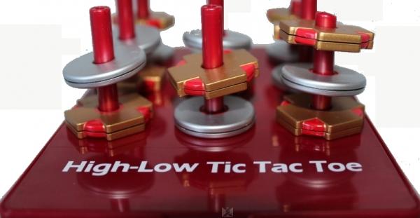 Magnetspiel Tic Tac Toe in 3D